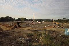 Takto stavba haly o velikosti 27 tisíc metrů čtverečních začala v půlce srpna.